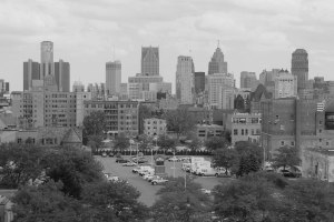 black-and-white-detroit-skyline
